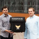 «Яндекс.Такси» покупает сервис доставки из ресторанов Foodfox