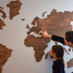 Украинский стартап собрал $100 тыс. на деревянную карту мира