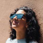 Два гения изобрели очки, которые заблокируют для вас уличную рекламу. Таким полезным будущее ещё не было