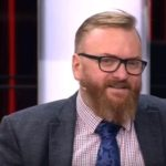 Виталий Милонов предложил запретить пользоваться Instagram дольше часа в день